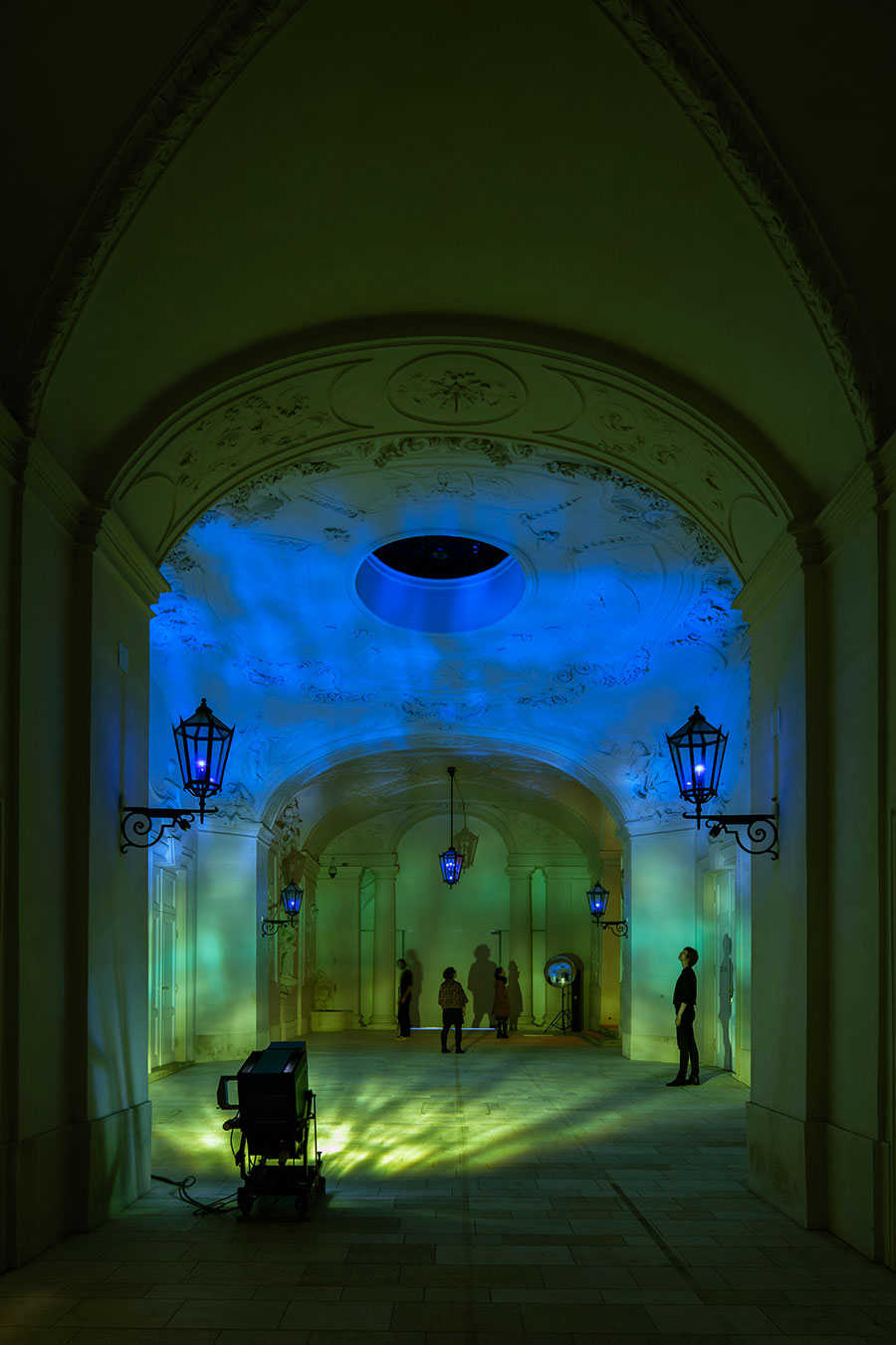 Olafur Eliasson Die organische und kristalline Beschreibung, 1996 Projector, wave machine, colour filter foil, convex mirror The Winter Palace of Prince Eugene of Savoy, Vienna 2015 Photo by Anders Sune Berg Courtesy of Thyssen-Bornemisza Art Contemporary Collection, Vienna © Olafur Eliasson.