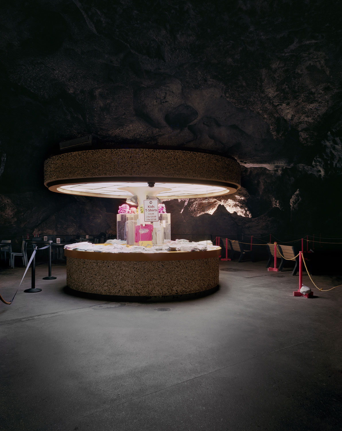 Austin Irving, Carlsbad Caverns Souvenir Stand, New Mexico, 2010.