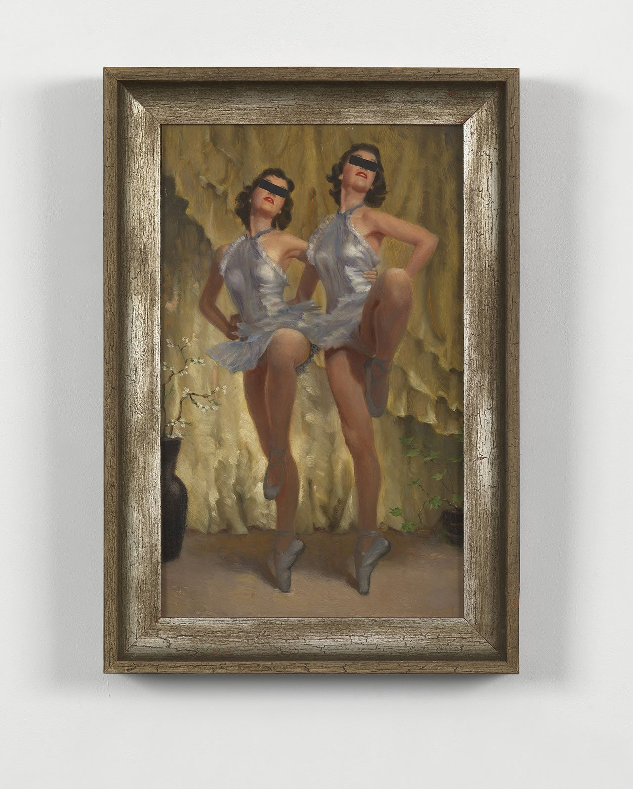 Hans-Peter Feldmann, Untitled, Oil on canvas, 51 x 34 cm. Photo courtesy Simon Lee Gallery Hong Kong and the artist.