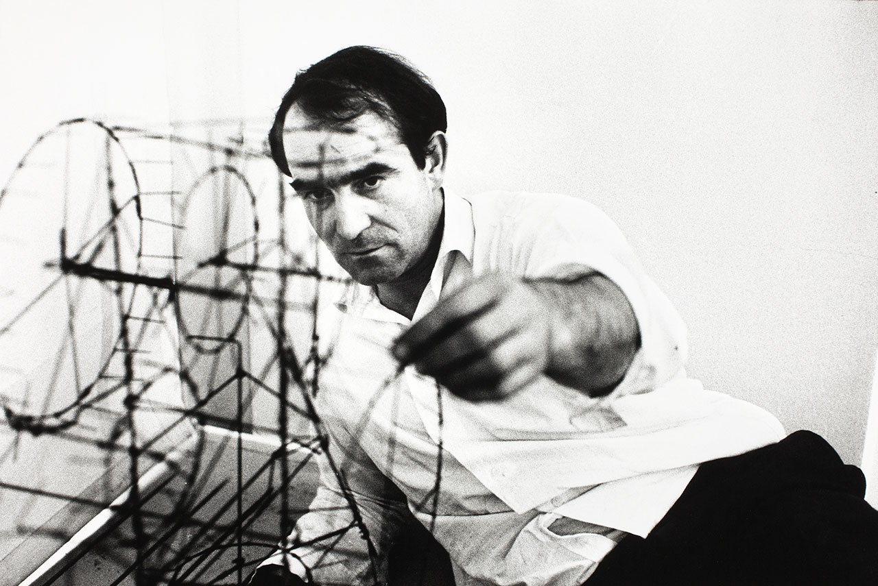 Jean Tinguely with Moulin, 1963, © Museum Tinguely, Basel. Photo by Monique Jacot.