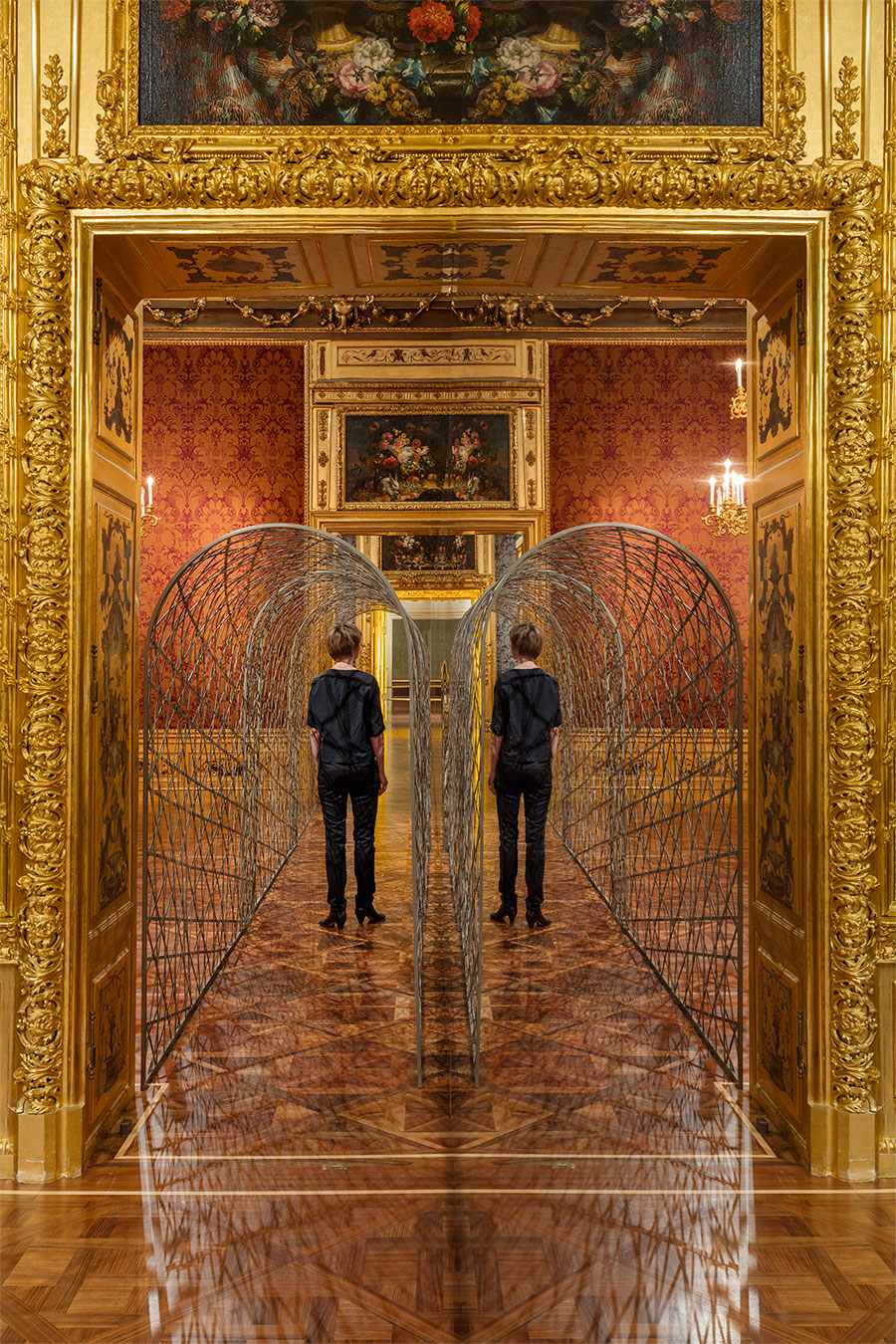 Olafur EliassonFivefold tunnel, 2000Stainless steel2,20 x 1,10 , 11 m The Winter Palace of Prince Eugene of Savoy, Vienna 2015 Photo by Anders Sune BergCourtesy of Thyssen-Bornemisza Art Contemporary Collection, Vienna © Olafur Eliasson.
