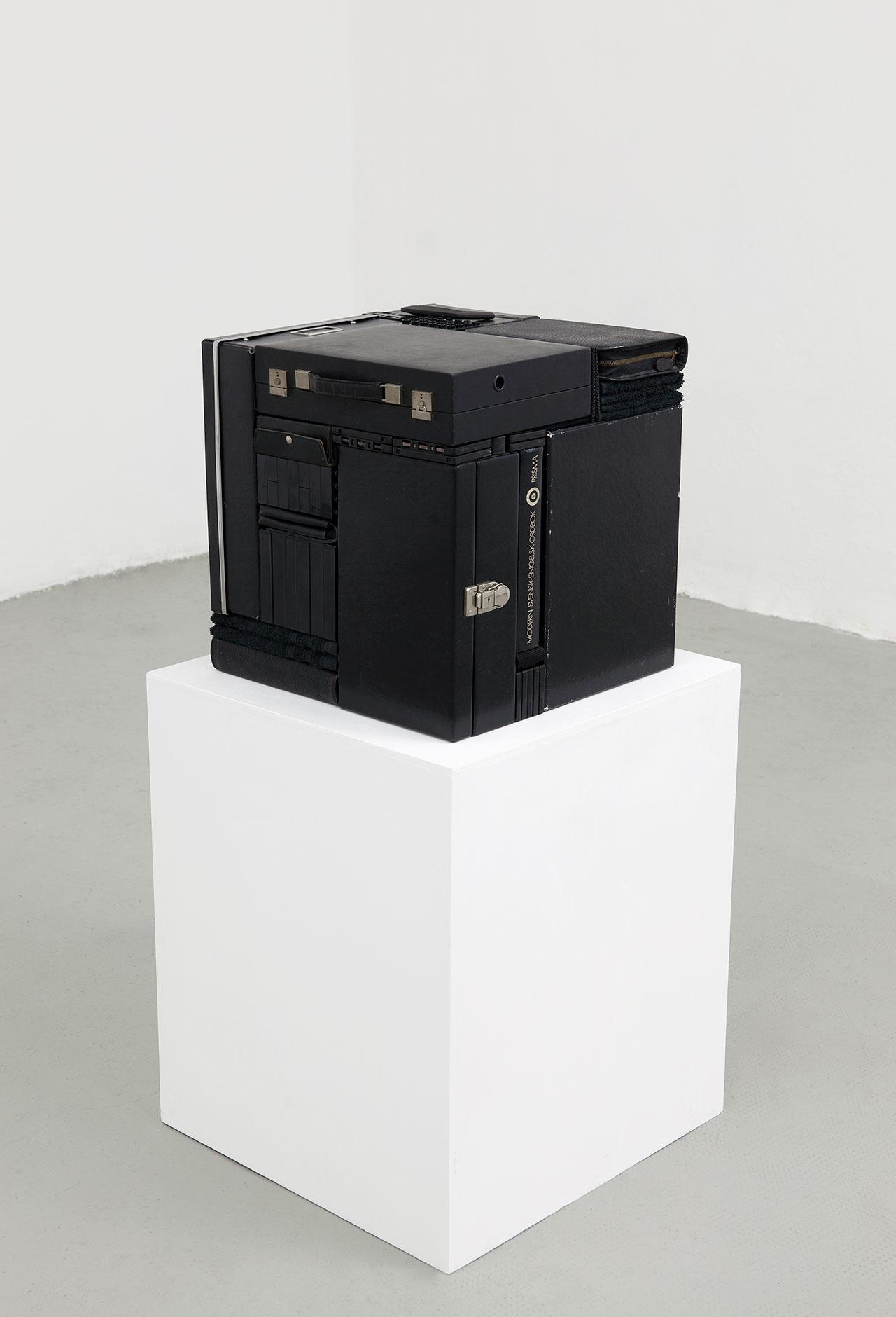 Michael Johansson, Déjà vu, 2018, black ordinary items, 45,5x44x42,5 cm. Courtesy: The Flat – Massimo Carasi, Milan. Photo © Michael Johansson.