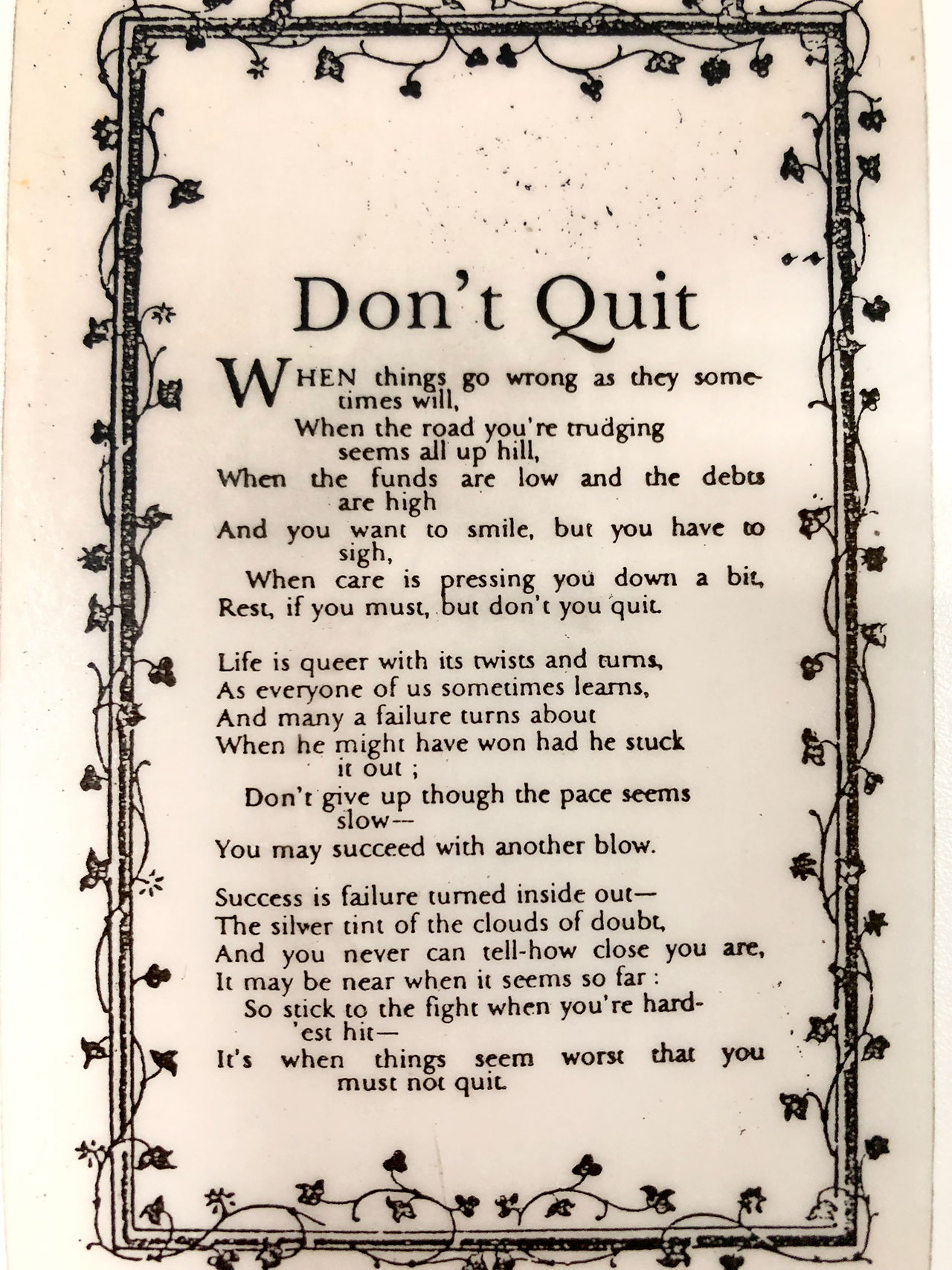 'Don't Quit', poem probably written by John Greenleaf Whittier (1807-1892). Jacques Arpels often gave to his staff four-leaf clovers picked from his garden along with this ode to perseverance and good fortune. © Van Cleef & Arpels.
