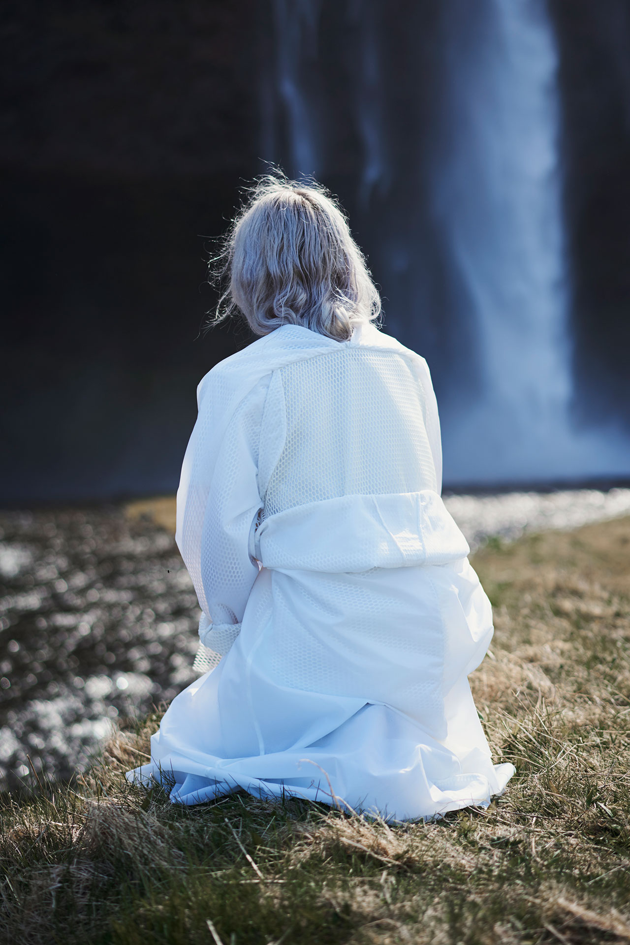 Félicie Eymard, Steam Coat, from Metamorphosis Collection. Photo by Julien Hayard.