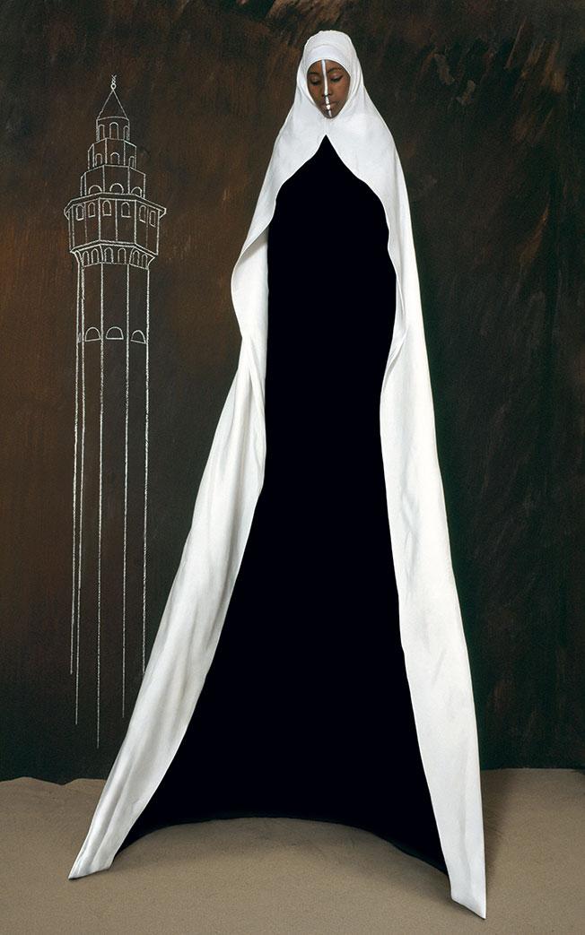 Maïmouna Guerresi,Mother Minaret, 2008, Lambda Print, 200x125 cm. Copyright© Maïmouna Guerresi,courtesyMariane Ibrahim Gallery-Seattle&Matèria Gallery-Rome.