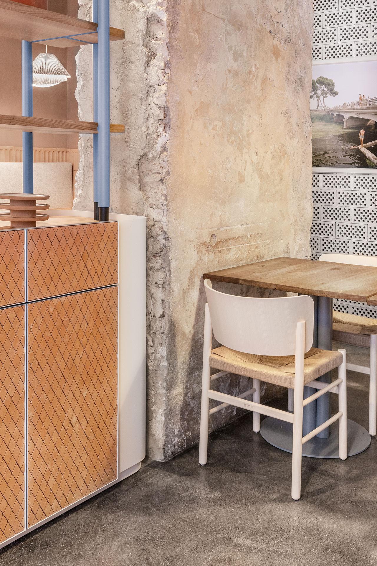 28 Posti restaurant designed byCristina Celestino.PhotoDelfino Sisto Legnani.