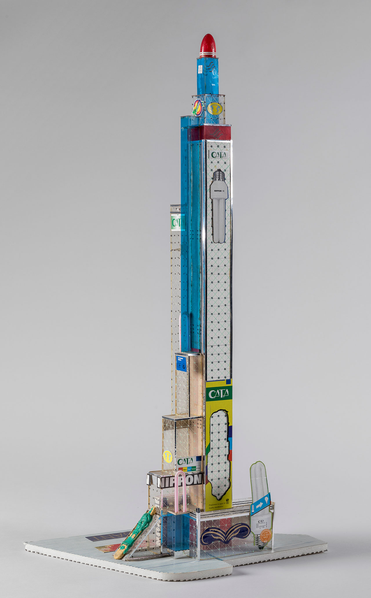 Bodys Isek Kingelez, Nippon Tower, 2005. Paper, paperboard, plastic, and other various materials, 67 × 34 × 22 cm, irreg. Courtesy Aeroplastics Contemporary, Brussels. Vincent Everarts Photography Brussels.