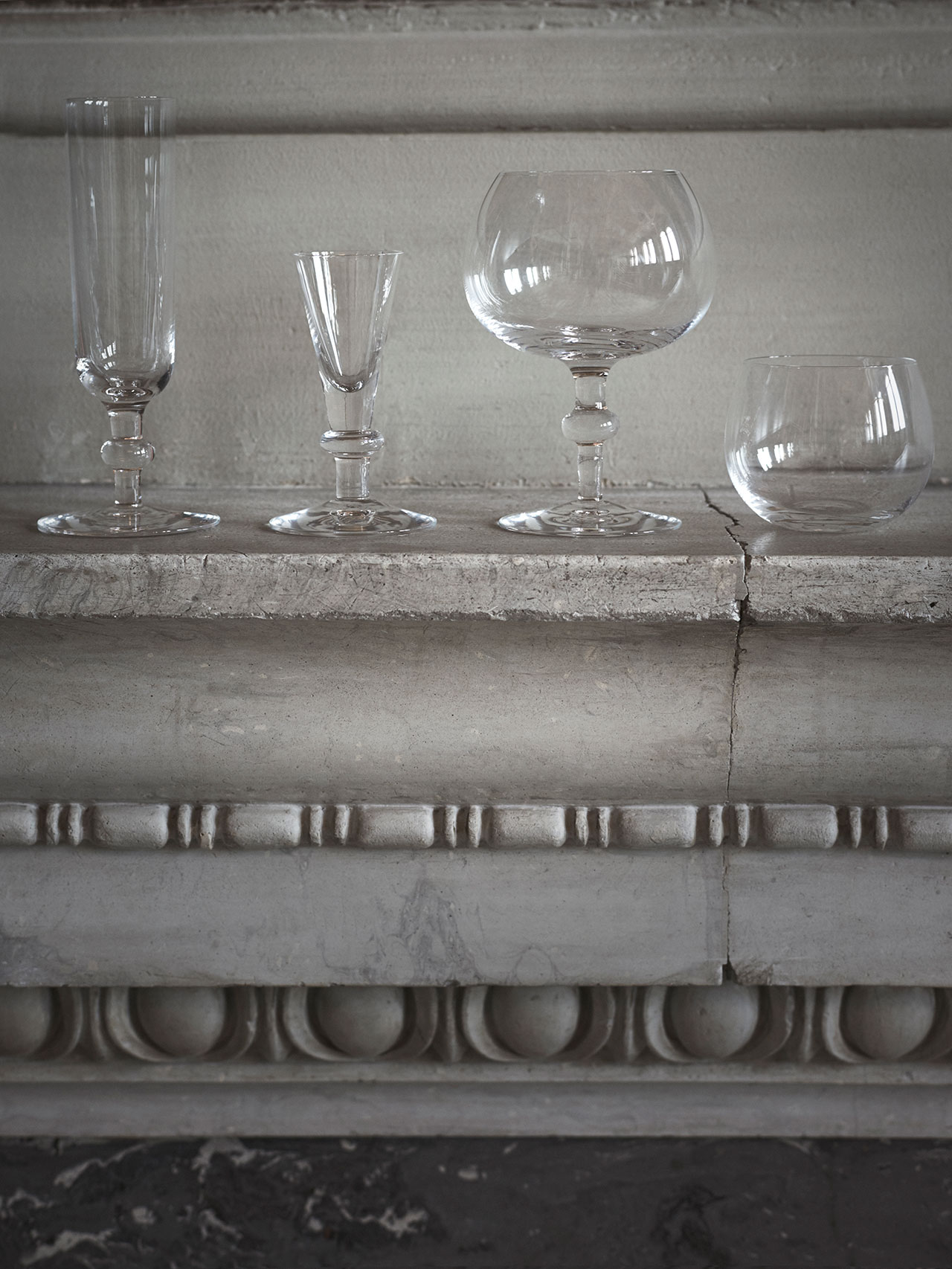 NM& 061: Glass tableware by Carina Seth Andersson produced by Skruf. Photo by Pia Ulin.
