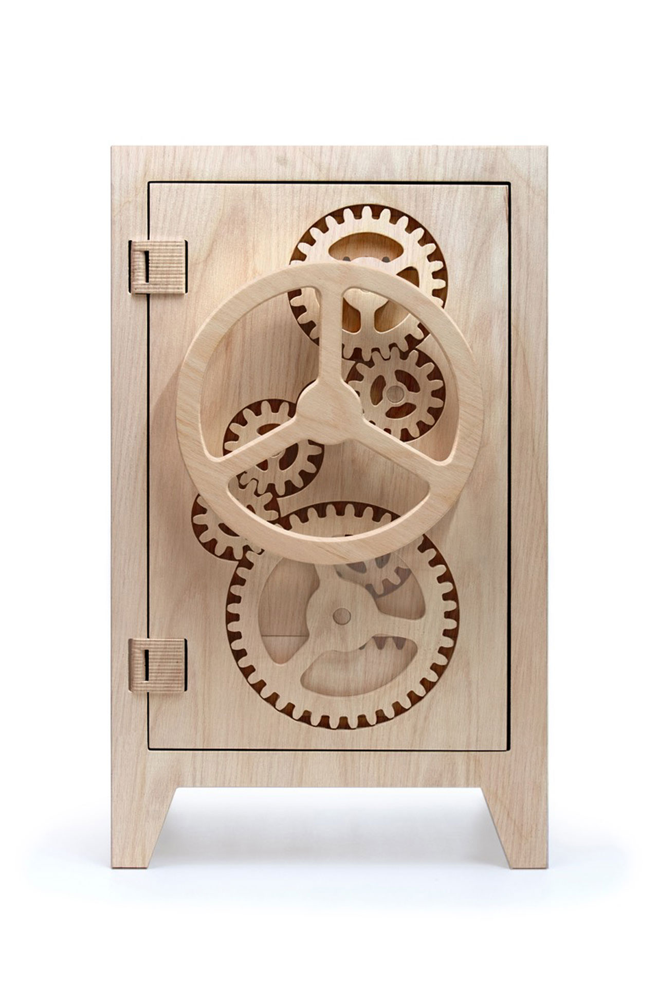 Mr Knox cupboard by Stephan Sieperman. The cog mechanism is fully functional and is all made of plywood. Photo courtesy Judy Straten Art-Design.