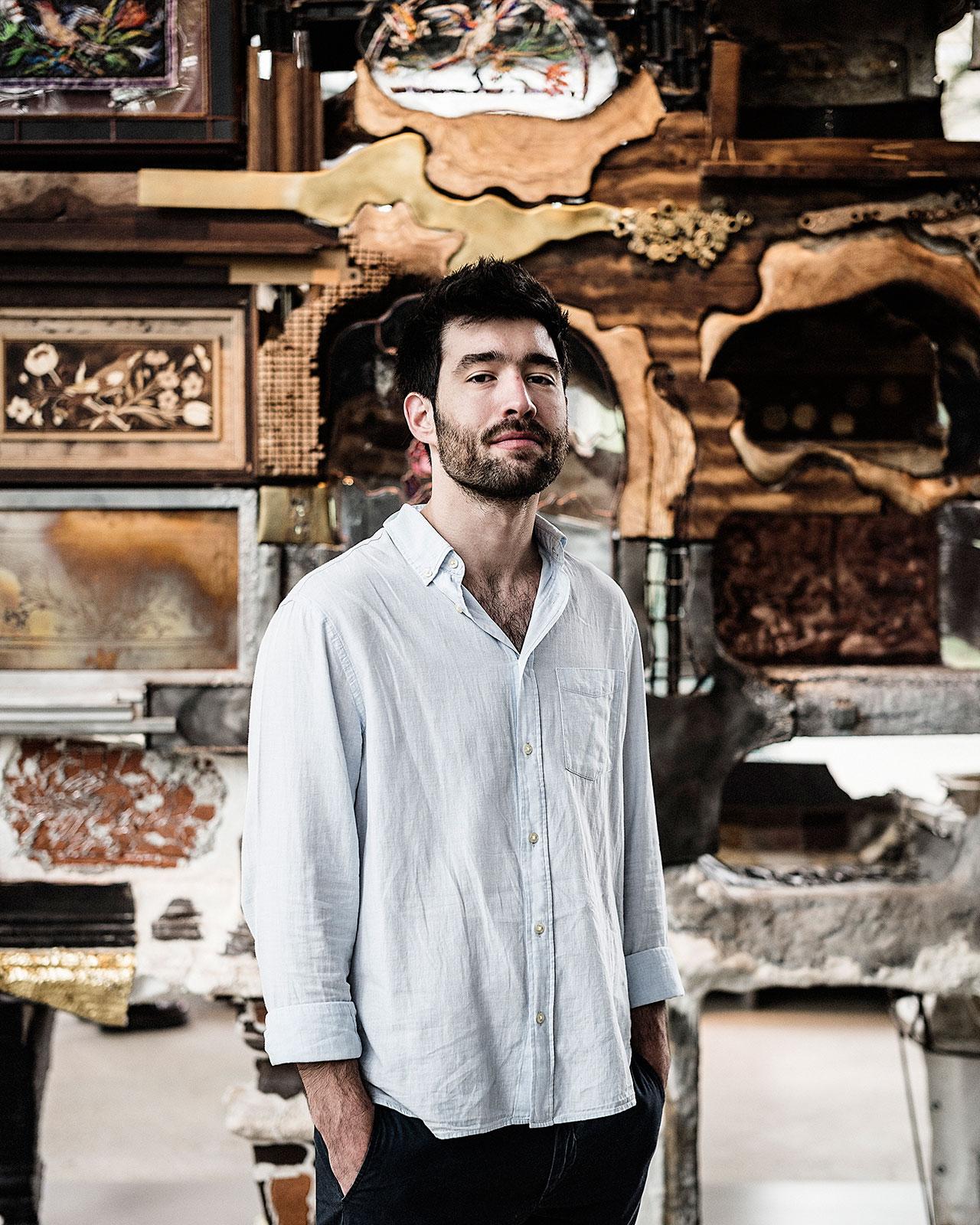 Kostas Lambridis portrait. Photo © Edouard Caupeil