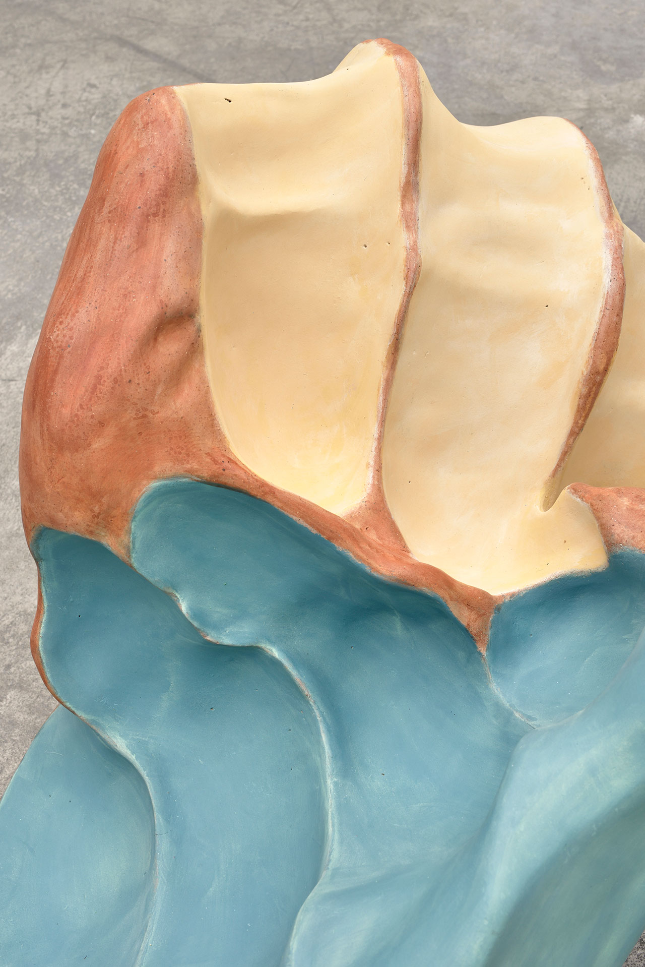 Giuseppe Penone, Avvolgere la terra – il colore delle mani (To Enfold the Earth– the colour of the hands) (detail), 2014. Terracotta, engobe of quartz color. Approx. 32 11/16 x 47 1/4 x 27 9/16 in. (83 x 120 x 70 cm). Photo by Rebecca Fanuele. Courtesy the artist and Marian Goodman Gallery.