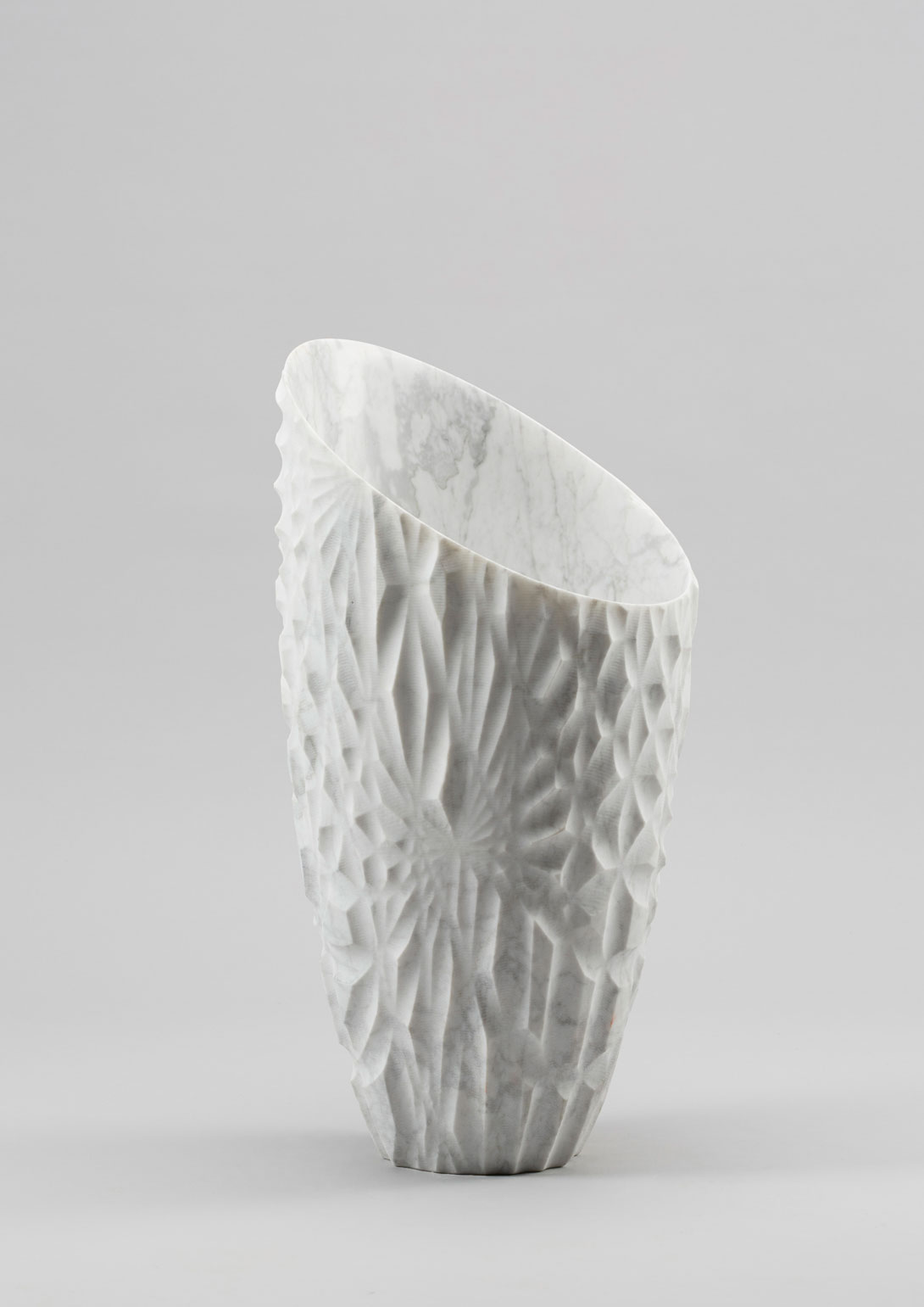 Lapicida, Erosion Vase, 289 x 585 mm. Photo via Alpha - Kilo.