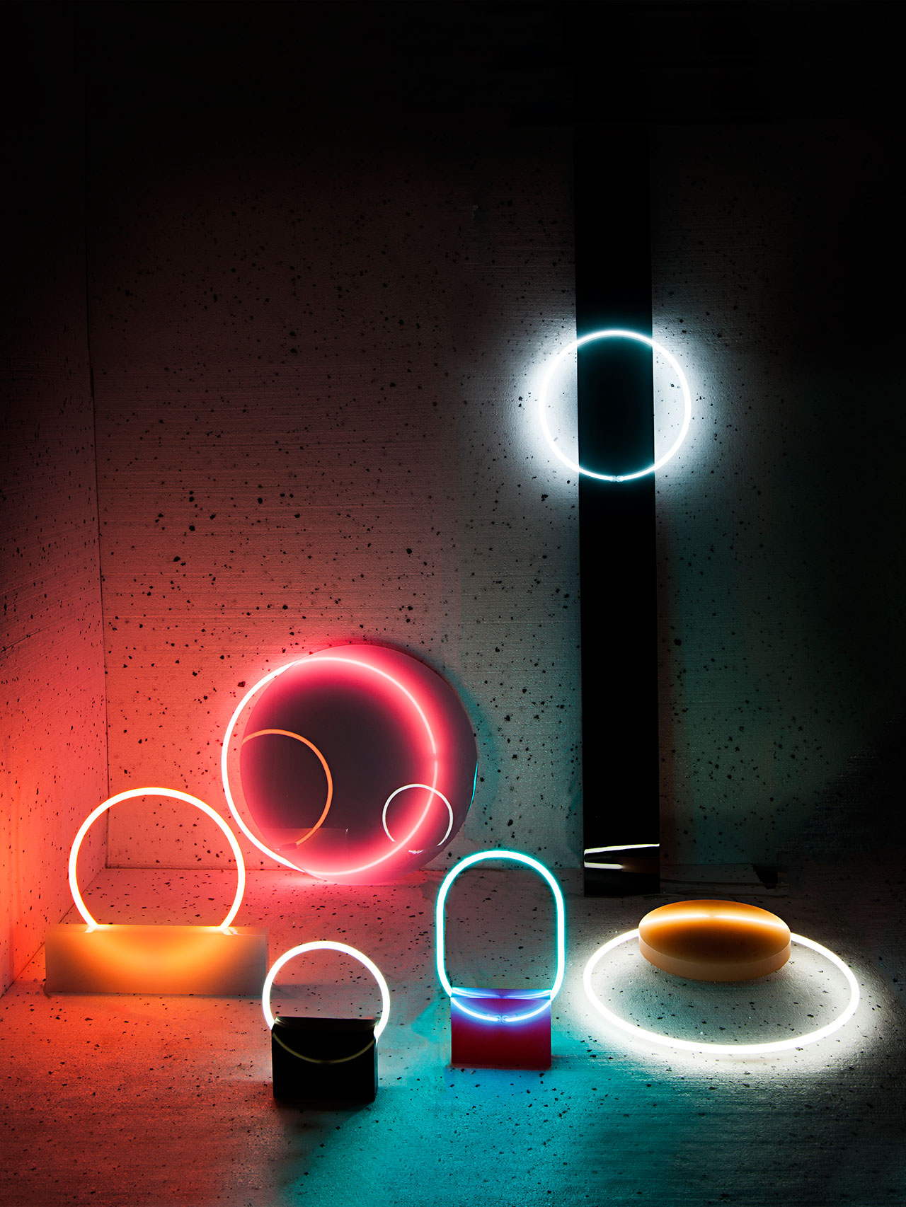 Sabine Marcelis, Voie Lights, Edition #1, 2015. Comissionned by Etage Projects Gallery, Copenhagen, DK. Photo © Lee Wei Swee.