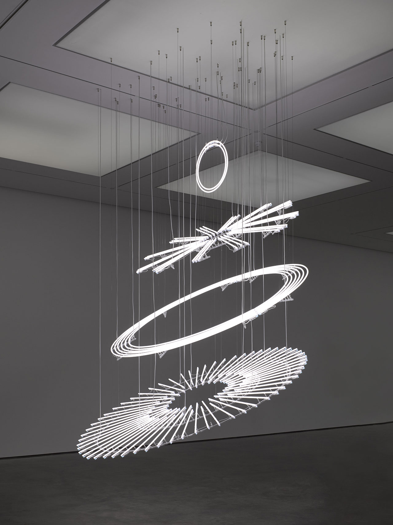 Cerith Wyn Evans, The Illuminating Gas... (after Oculist Witnesses), 2015 © Cerith Wyn Evans. Courtesy White Cube. Photo: George Darrell.