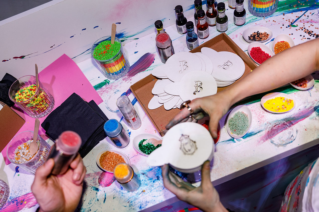 """Applying edible paints and glitter toppings on """"WHITECANVAS"""" cocktails at the Cocktail Finishing Studio. Photo by Spyros Chamalis © Yatzer 2019."""