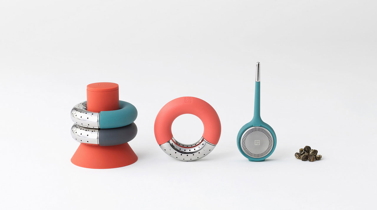 Tea infusers by OMMO.