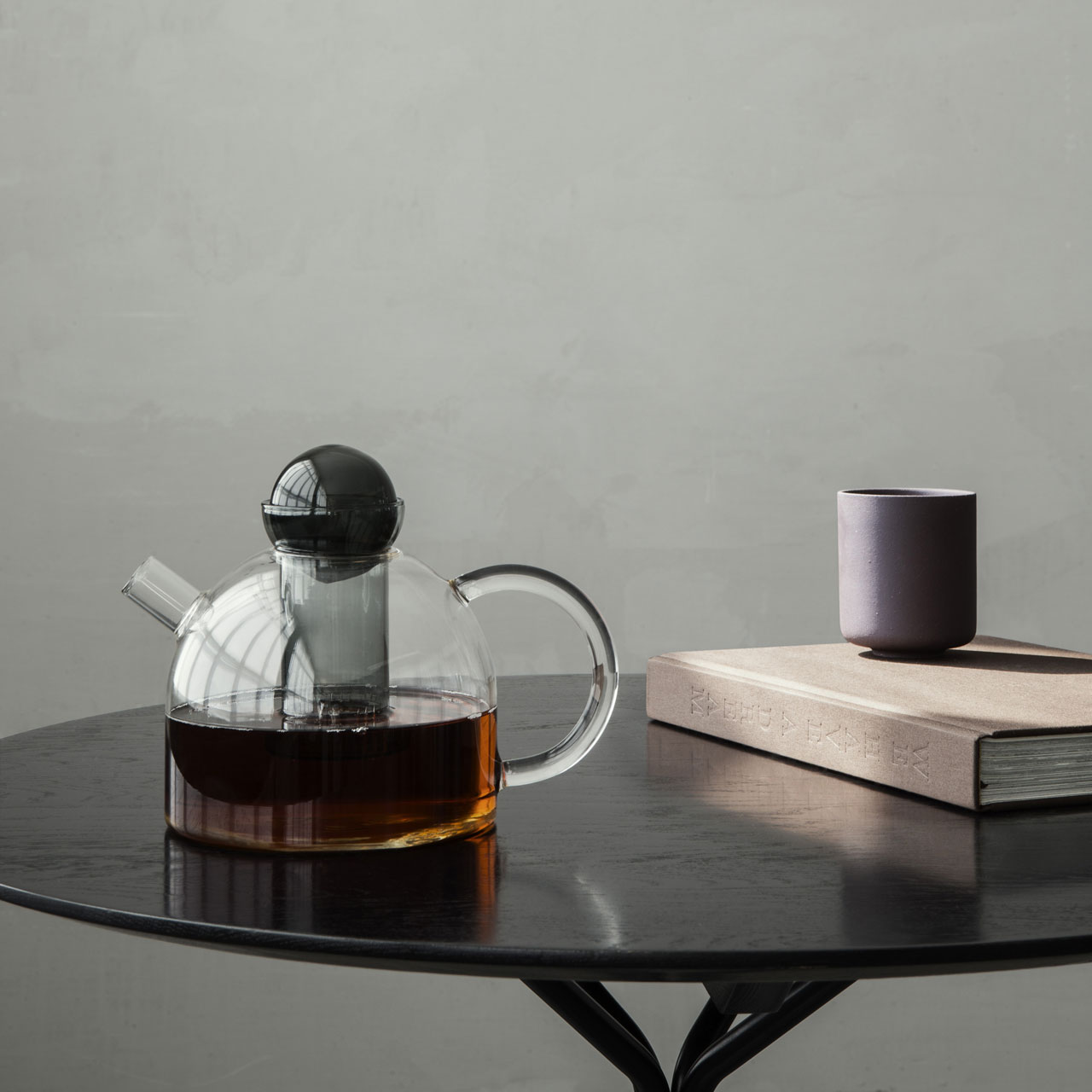 Still Teapot by ferm Living.Photo © ferm Living.