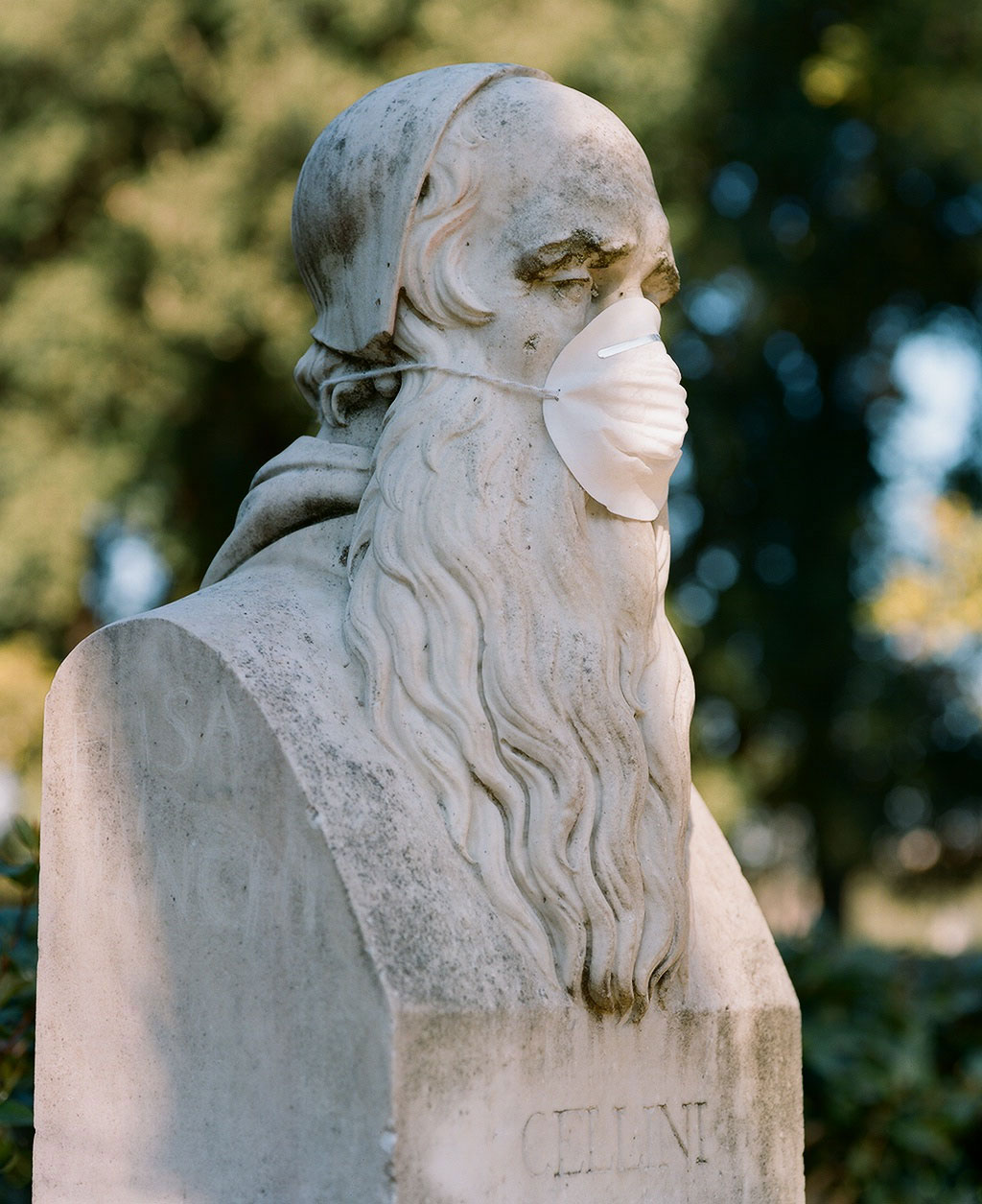 Bust of sculptor and goldsmith Benvenuto Cellini (1500-71) at Villa Borghese gardens, Rome. Photo © Federico Pestilli.