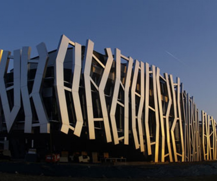 Vital Building by Mozas+Aguirre