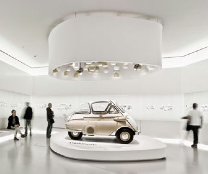 A tour in the new BMW Museum