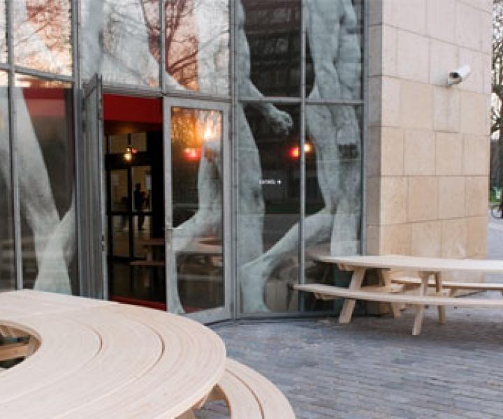 Restaurant de la cinémathèque française by Mut-architecture