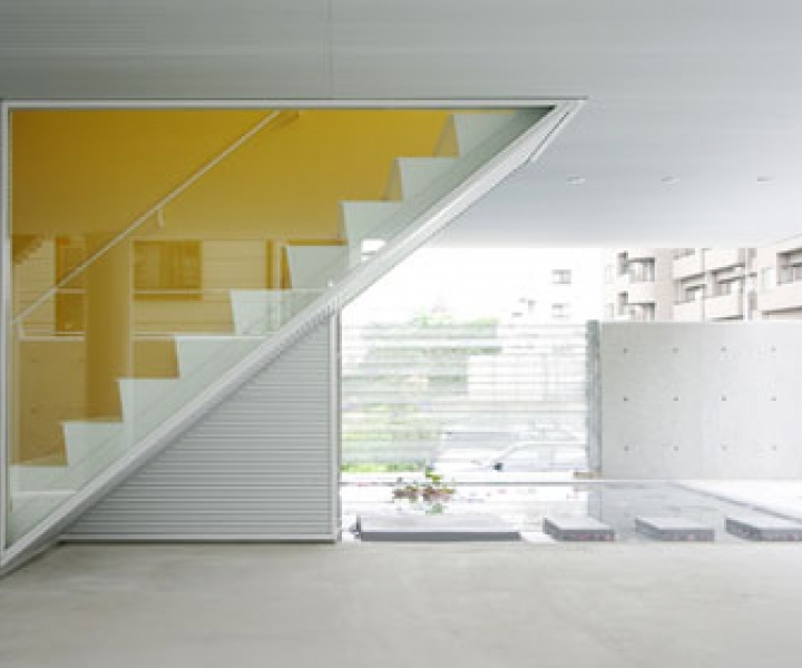 M house // A Beacon in Nagoya's Cliff