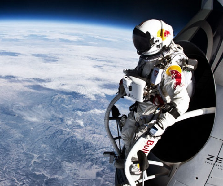 The First Human To Break The Speed Of Sound In A Freefall
