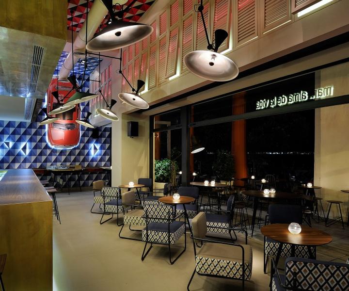 O13 Café-Bar In Thessaloniki, Greece