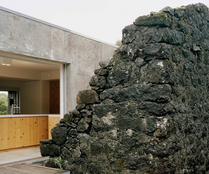 E/C House on Pico Island, Portugal by SAMI-arquitectos