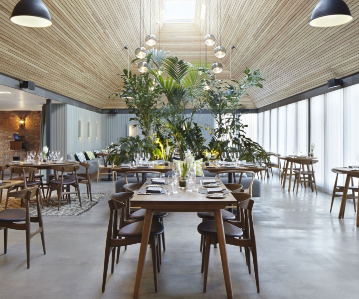 The Woodspeen Restaurant and Cookery School by Softroom
