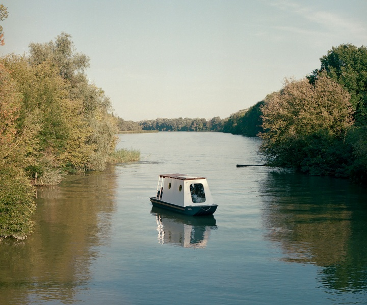 A Small Houseboat on Lake Tisza Makes for an Intimate Retreat for a Couple of Nature Lovers