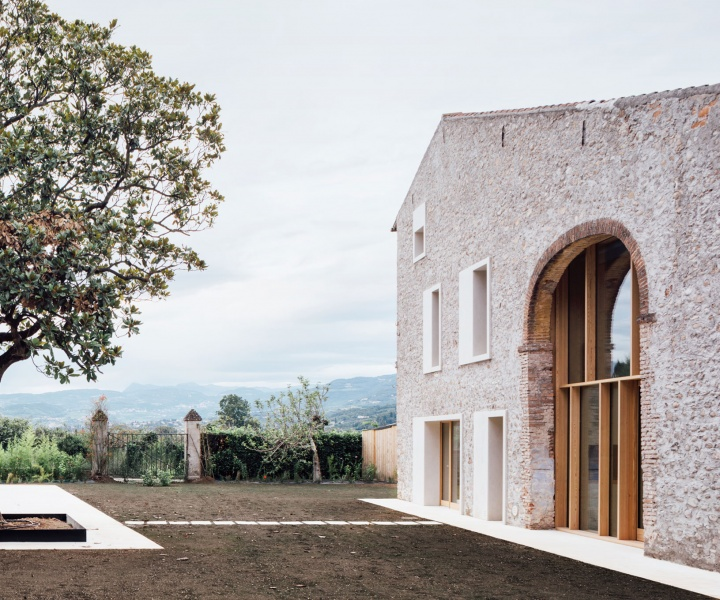 Modern Vernacular: The Austere Elegance of a Country House Outside Verona