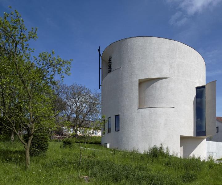 Religious Design Comes Full Circle: Atelier Štěpán's Design for a Rotunda in Sazovice,  Czech Republic