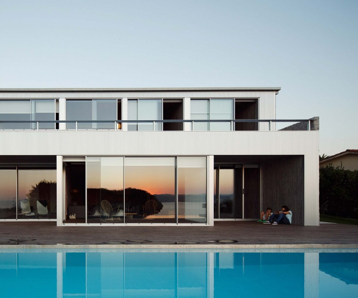 Grooved Concept: House in Perbes by Carlos Quintáns