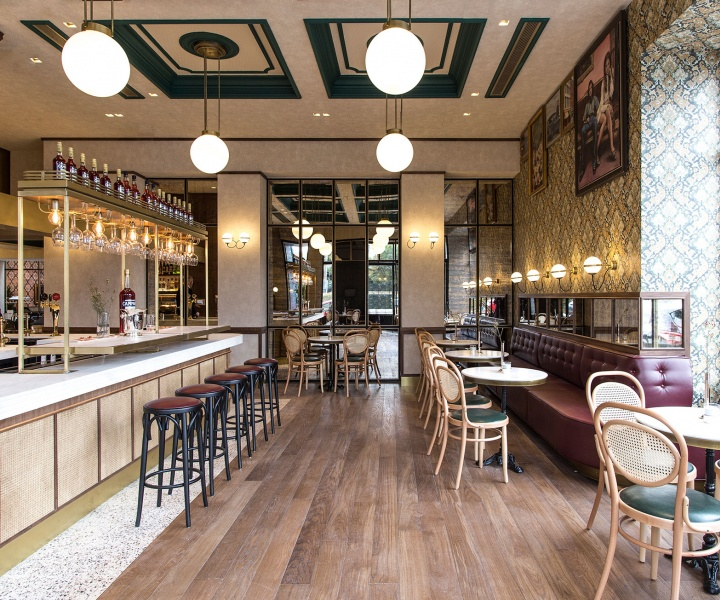 Papillon: Channelling the Flair of Parisian Bistros in the Athenian Suburbs