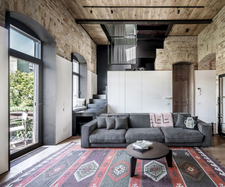 A Two-Level Apartment in Kiev Evocatively Highlights the Passage of Time