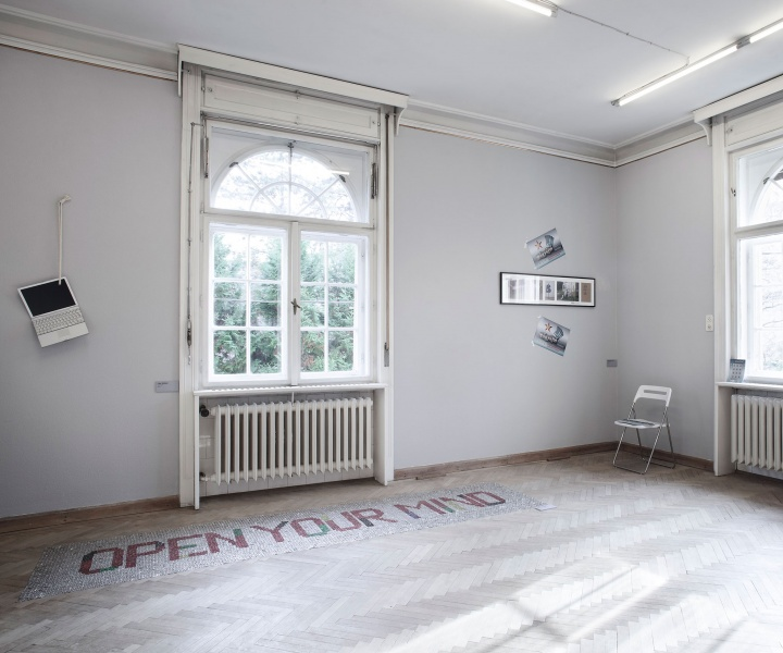 'Reproduced Paradise' Exhibition Fills Abandoned Villa in Budapest with Contemporary Jewellery and Art