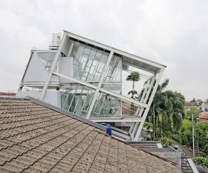 Rumah Miring: A Tilted House in Jakarta, Indonesia
