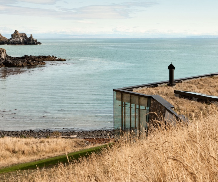 A Secluded Holiday Retreat in New Zealand by Pattersons Associates Architects