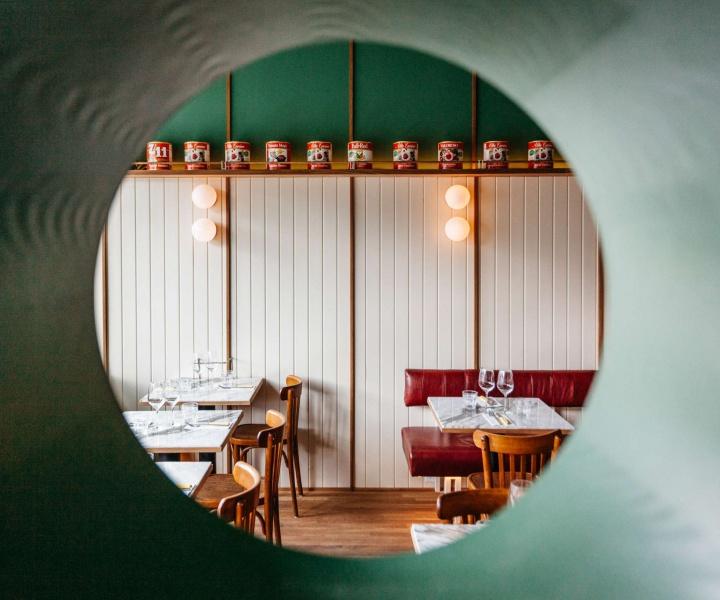 Montreal's Vesta Pizzeria Evokes the Italian-American Restaurants of the 1970s
