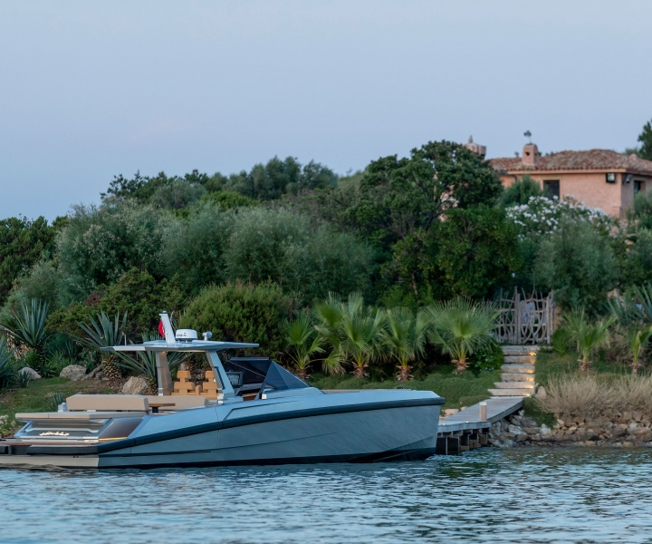 The 48 Wallytender: Wally Invests Open-Air Boating with Flair and Innovation