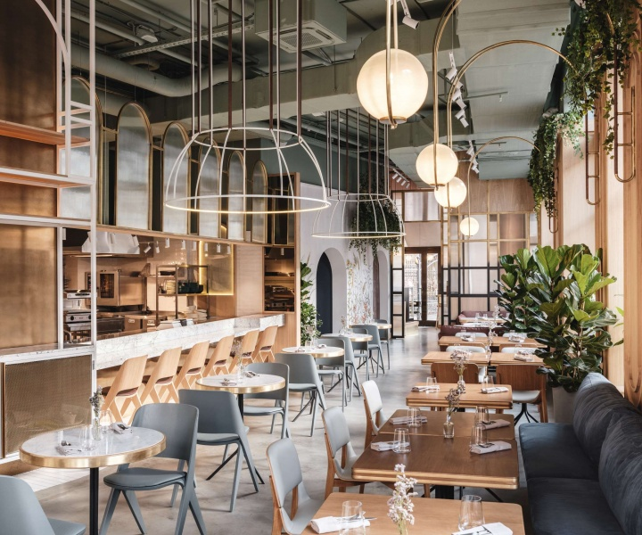 Moscow's 'The Y' Restaurant Embraces Millennials in Nostalgic Allure