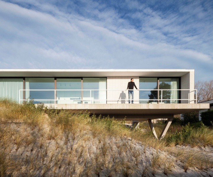 At Home on the Belgian Sand Dunes with OOA | Office O Architects