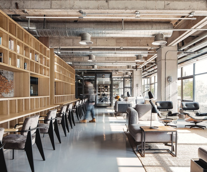 Renovating for the Future at the FlaHalo Office Manufactory by NARRATION