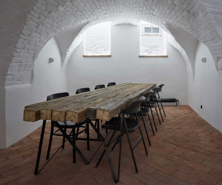 Moravian Beauty: The Štajnhaus Guesthouse Restorarion by ORA