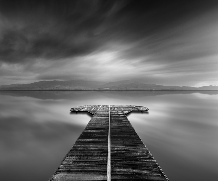 Photographer George Digalakis Reveals the Depths of Black and White