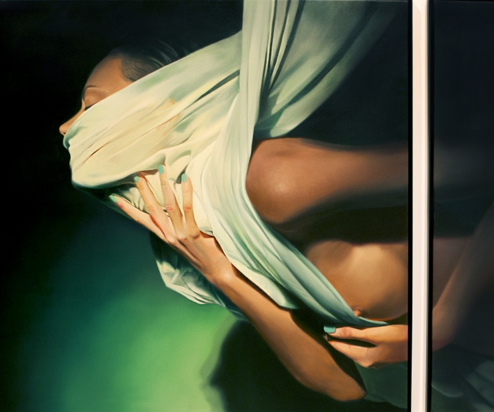 Hyperrealism Meets Surrealism in Mike Dargas' Seductive Portraits