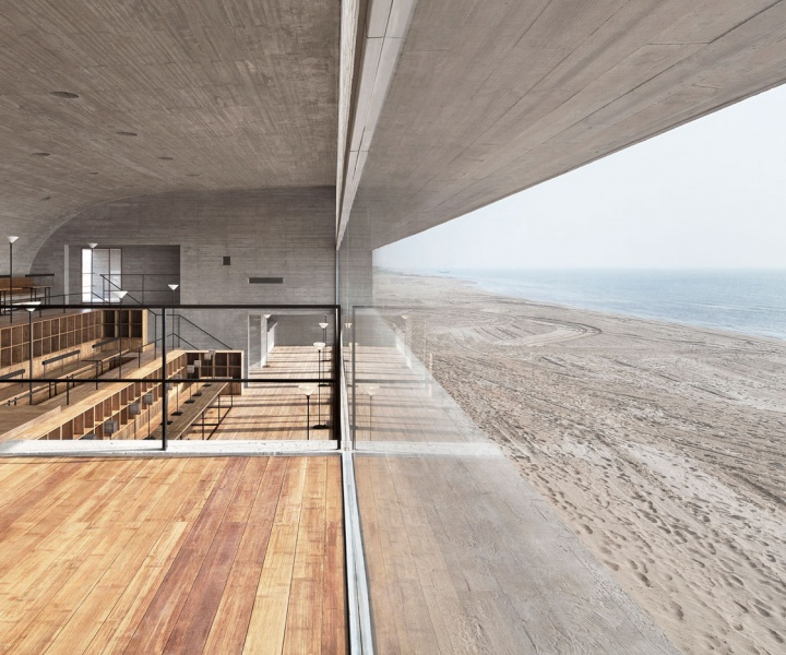 High by the Beach: Seashore Library by Vector Architects