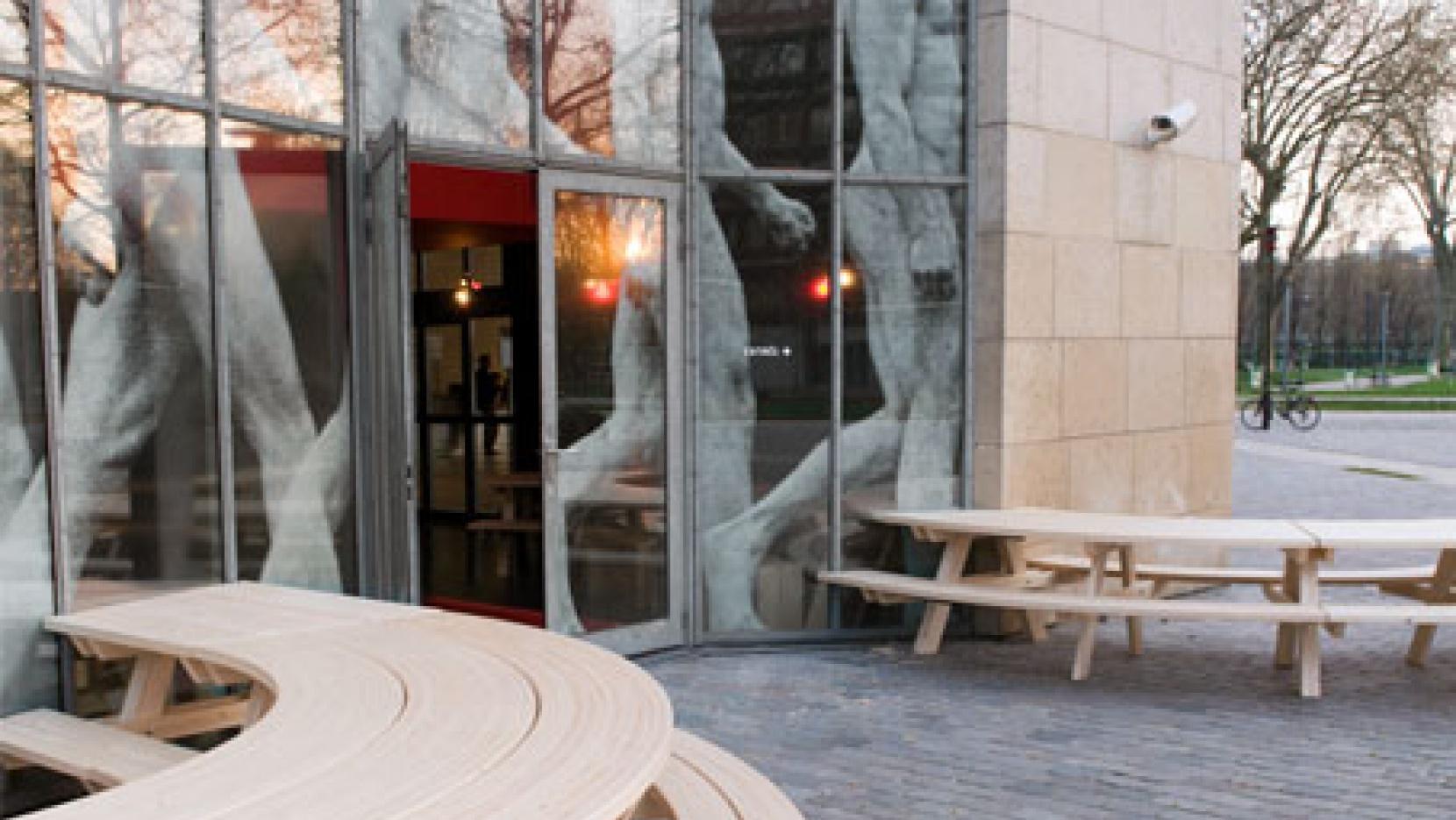 Restaurant De La Cinémathèque Française By Mut Architecture