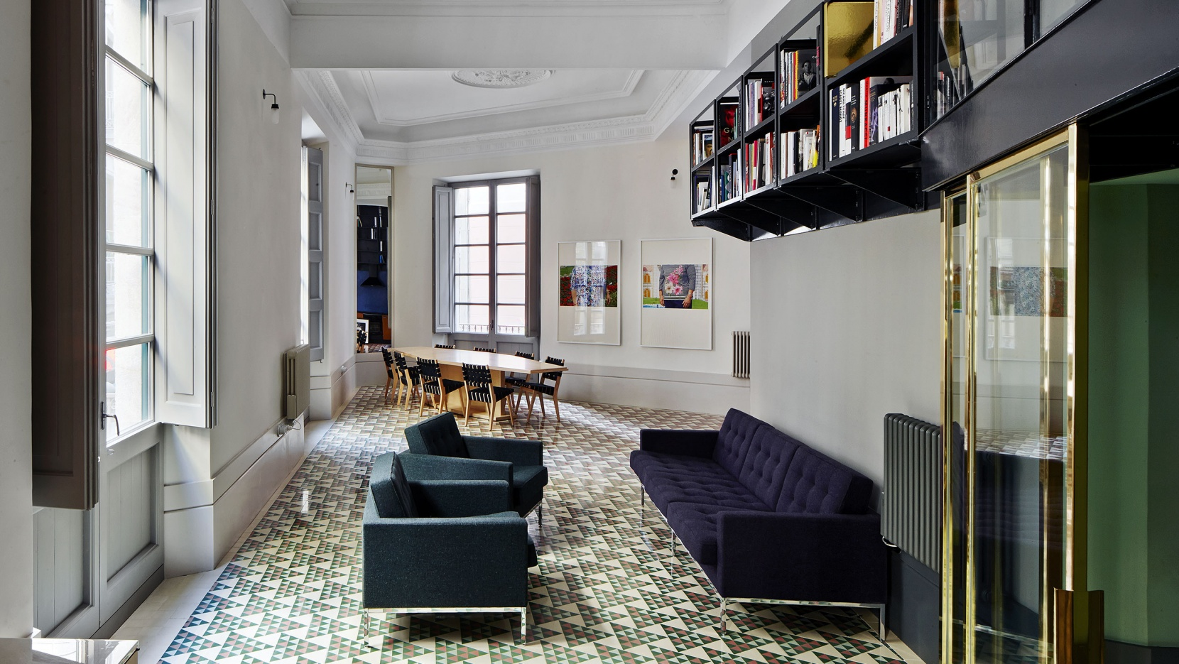 the carrer aviny apartment by david kohn architects in barcelona rh yatzer com